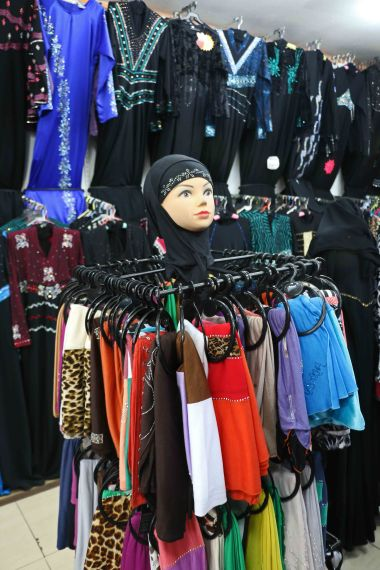 If you thought that there is no fashion in Muslim headscarves, think again